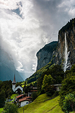 The Staubbach Falls in summer, Lauterbrunnen, Bernese Oberland, canton of Bern, Switzerland, Europe