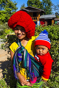 Local Chin woman and child, Kanpelet, Chin state, Myanmar (Burma), Asia