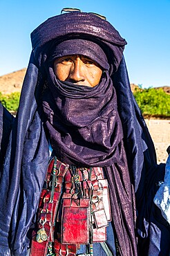Traditional dressed Tuareg, Oasis of Timia, Air Mountains, Niger, Africa