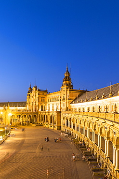 Plaza de Espana at night, built for the Ibero-American Exposition of 1929, Seville, Andalucia, Spain, Europe