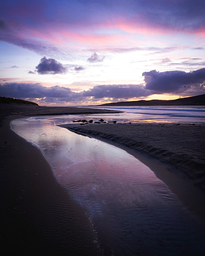 Last light on Luskentyre Beach, Isle of Harris, Outer Hebrides, Scotland, United Kingdom, Europe