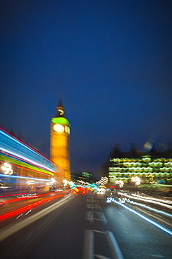 Looking towards the Houses of Parliament from Westminster Bridge, London, England, United Kingdom, Europe