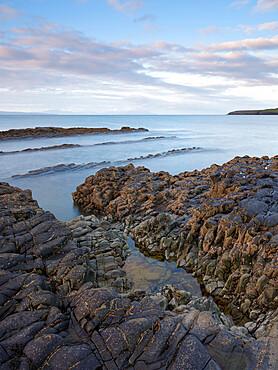 Kilbaha Bay, Shannon Estuary, County Clare, Munster, Republic of Ireland, Europe