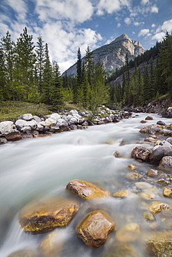 Rampart Creek in Banff National Park, UNESCO World Heritage Site, Alberta, Rocky Mountains, Canada, North America