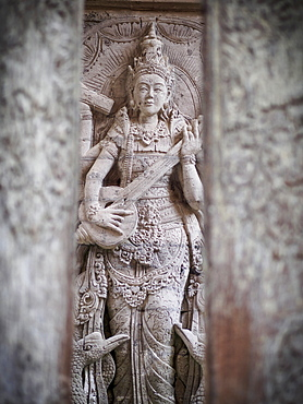 Temple carving, Ubud, Bali, Indonesia, Southeast Asia, Asia