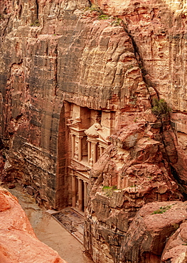 The Treasury, Al-Khazneh, elevated view, Petra, UNESCO World Heritage Site, Ma'an Governorate, Jordan, Middle East