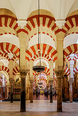 Mezquita-Catedral, cathedral inside of the former Great Mosque of Cordoba, interior, Cordoba, Andalusia, Spain