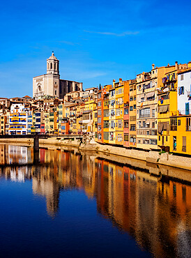 Colourful houses and the Cathedral reflecting in the Onyar River, Girona (Gerona), Catalonia, Spain, Europe - 1245-2289