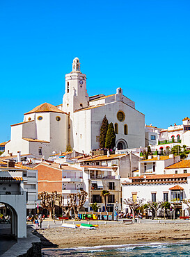 Santa Maria Church, Cadaques, Cap de Creus Peninsula, Catalonia, Spain