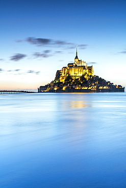 High tide at dusk, Mont-Saint-Michel, UNESCO World Heritage Site, Normandy, France, Europe