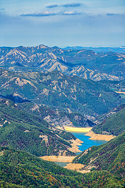 Lake Ridracoli, Casentinesi Forests National Park, Apennines, Tuscany, Italy, Europe
