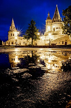 The Halaszbastya (Fisherman's Bastion) at night, located in the Buda Castle, in the 1st district of Budapest, UNESCO World Heritage Site, Budapest, Hungary, Europe