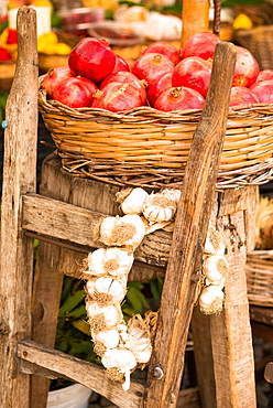 Pomegranates and garlic on display at Campo de Fiori Market, Rome, Lazio, Italy, Europe
