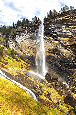 Spring at the Trosa Waterfall, Valle di Peccia, Val Lavizzara, Valle Maggia, Canton of Ticino, Switzerland, Europe
