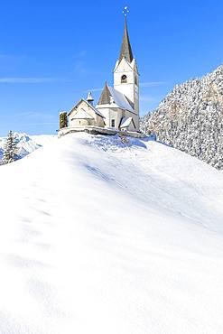 Typical church of Davos Wiesen in winter, Albula Valley, District of Prattigau/Davos, Canton of Graubunden, Switzerland, Europe