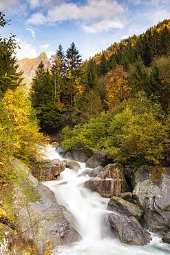 Waterfall in the Bagni di Masino reserve in autumn, Valmasino, Valtellina, Lombardy, Italy, Europe
