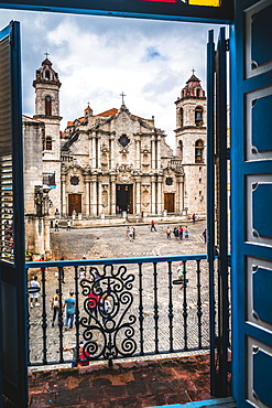 La Catedral de la Virgen Maria from Colonial Art Museum, Old Havana, Cuba, West Indies, Caribbean, Central America