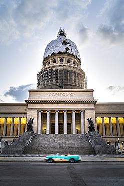 El Capitolio building at duks, UNESCO World Heritage Site, Havana, Cuba, West Indies, Caribbean, Central America