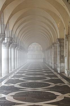 Misty view of pillars, Doge's Palace, St. Mark's Square, Venice, UNESCO World Heritage Site, Veneto, Italy, Europe