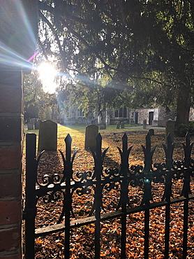 Churchyard, St. Mary's Church, Hitchin, Hertfordshire, England, United Kingdom, Europe