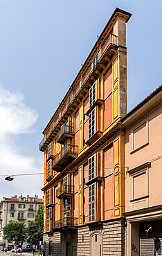 Slice of Polenta House (Fetta di Polenta) by architect Alessandro Antonelli, Turin, Piedmont, Italy, Europe