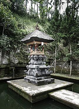 Small shrine in Bali, Indonesia, Southeast Asia, Asia