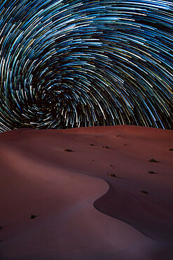 Vortex star trail in the Rub al Khali desert in Oman, Rub al Khali, Oman, Middle East