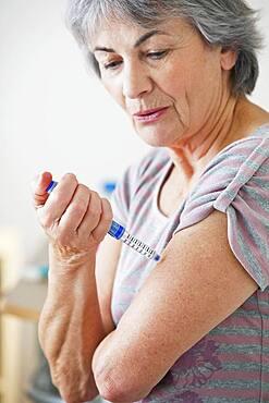 Treating diabetes in elderly person.