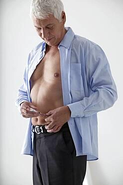 Treating diabetes in elderly p.