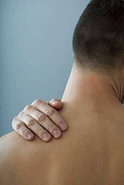 Shoulder pain in a man
