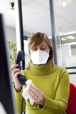 Prevention of influenza A H1N1 at work.