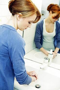 Hand washing, woman