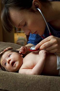 Auscultation, newborn