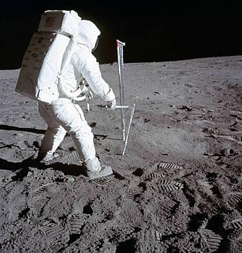 Buzz Aldrin on Moon, Apollo 11