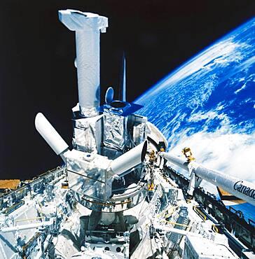 STS-41-C, Solar Maximum Mission Satellite, 1984