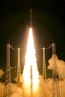 Liftoff of Vega VV06 with LISA Pathfinder, 2015