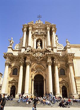 The Baroque facade of the Duomo, Syracuse, Sicily, Italy, Europe