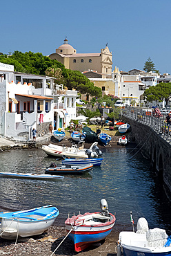 The town of Santa Marina on the island of Salina in the Aeolian Islands, UNESCO World Heritage Site, off Sicily, Messina Province, Italy, Mediterranean, Europe