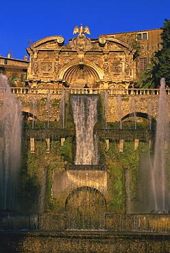 Grand fountain in the gardens of the Villa d'Este, UNESCO World Heritage Site, Tivoli, Lazio, Italy, Europe