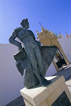 Matador statue outside the bull ring, Ronda, Andalucia (Andalusia), Spain, Europe