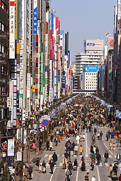 Elevated view along Chuo-dori, the most fashionable shopping street in Tokyo, Ginza, Tokyo, Honshu, Japan, Asia