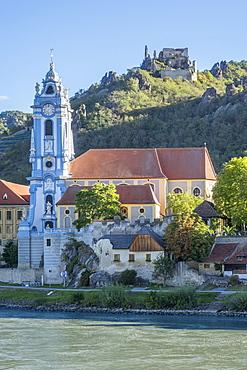 Castle and Abbey, Durnstein, River Danube, Wachau Valley, UNESCO World Heritage Site, Lower Austria, Austria, Europe