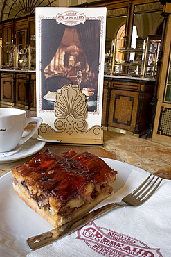 Plum cake and coffee, Gerbeaud House, Budapest, Hungary, Europe