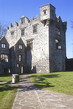 Donegal Castle, Co Donegal, Ireland *** Local Caption ***