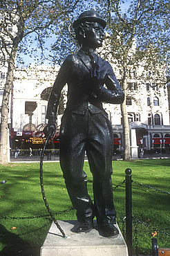 Charlie Chaplin statue, Leicester Square, London, England *** Local Caption ***