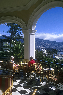 Drinks on the terrace, Reids Palace Hotel, Funchal, Madeira, Portugal *** Local Caption ***