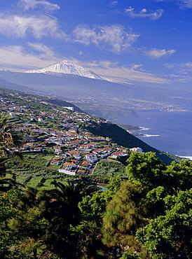 Aerial view including Mount Teide and Atlantic coast, Tenerife, Canary Islands, Atlantic, Spain, Europe