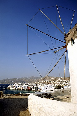 Greece, Mykonos town, boats in harbour, view from Lower Windmills