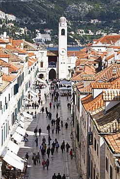 View down Stradun, UNESCO World Heritage Site, Dubrovnik, Croatia, Europe