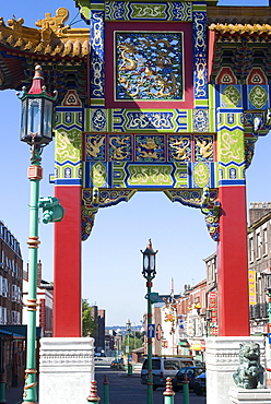 Arch at the entrance of Chinatown, Liverpool, Merseyside, England, United Kingdom, Europe